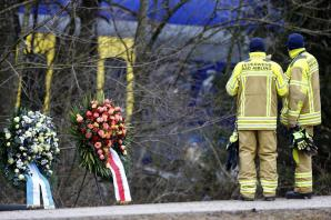 Death toll in German train crash rises to 11